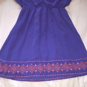 Francesca's Collections Dresses - Francesca's flowy blue dress